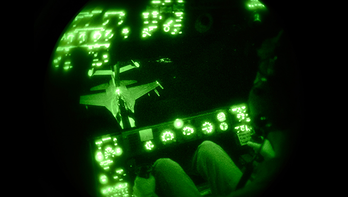 Luke's F-16 Fighting Falcons participate in aerial refueling mission